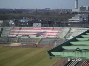 Herrmann Gerland Kampfbahn in rot und weiß